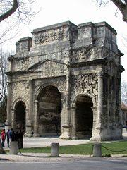 Orange Arco Romano